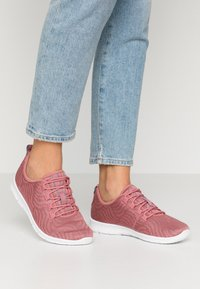 Cloudsteppers by Clarks - STEP ALLENA GO - Sneakers laag - mauve - 0