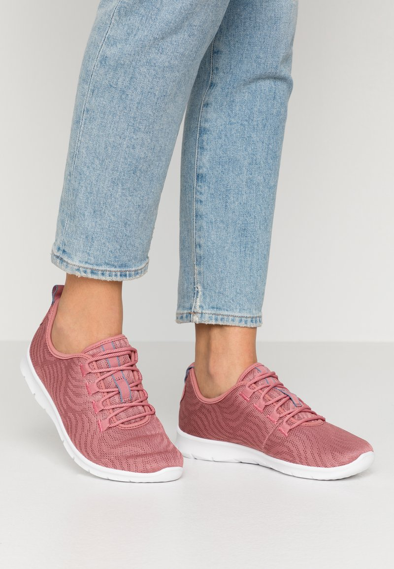 Cloudsteppers by Clarks - STEP ALLENA GO - Sneakers laag - mauve