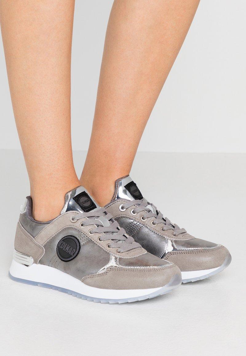 Colmar Originals - TRAVIS PUNK - Sneaker low - silver
