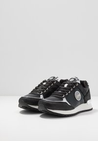 Colmar Originals - TRAVIS PUNK - Trainers - dark silver - 4