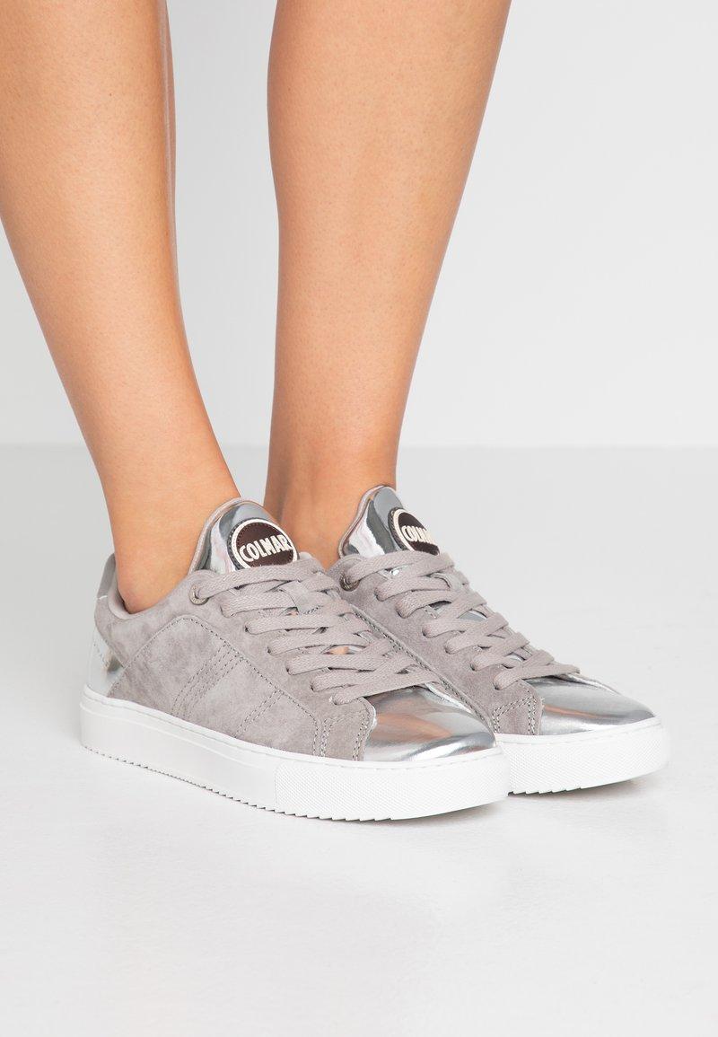 Colmar Originals - BRADBURY LUX - Sneakersy niskie - light grey/silver