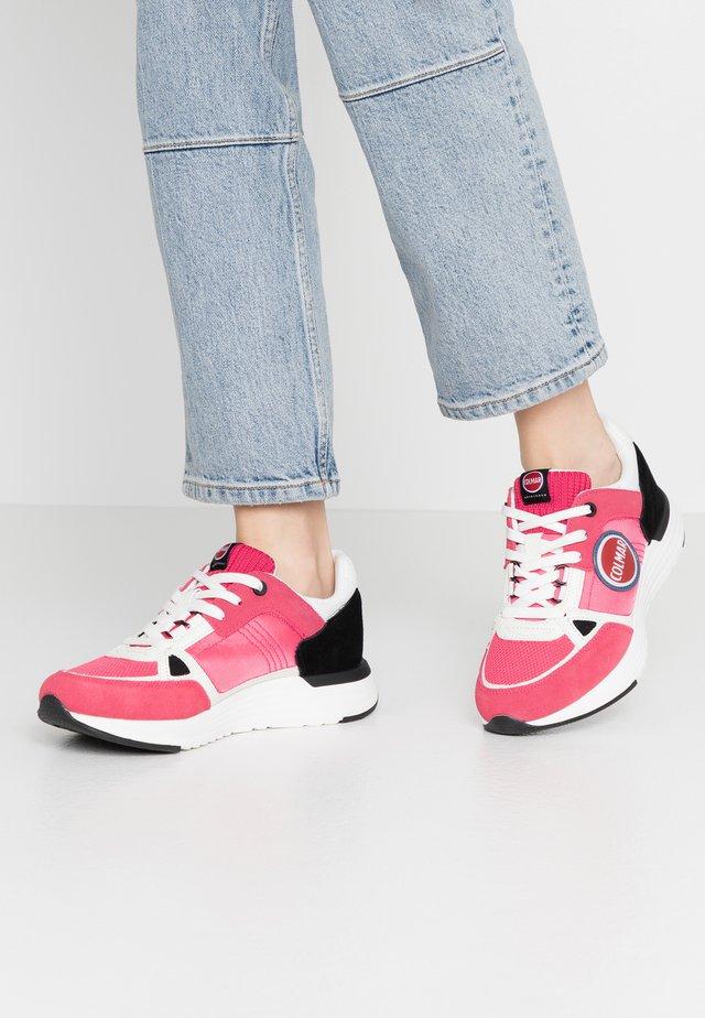 SUPREME X-1 GLOW - Sneaker low - fuchsia