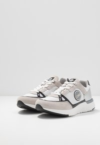 Colmar Originals - SUPREME GLISS - Sneaker low - white - 4