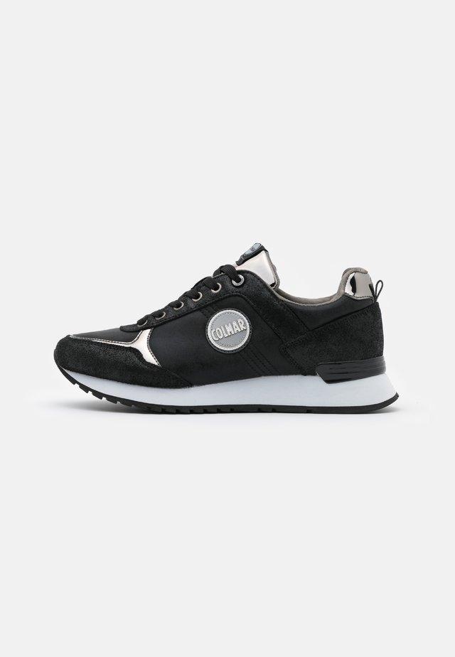 TRAVIS PUNK - Sneaker low - black/dark silver