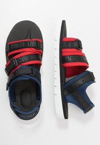 Colmar Originals - KAEL COLORS - Walking sandals - dark blue/red/black - 1