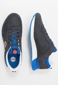 Colmar Originals - TRAVIS COLORS - Trainers - anthracite/blue - 1
