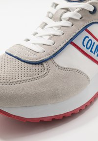 Colmar Originals - TRAVIS RUNNER - Trainers - white - 5