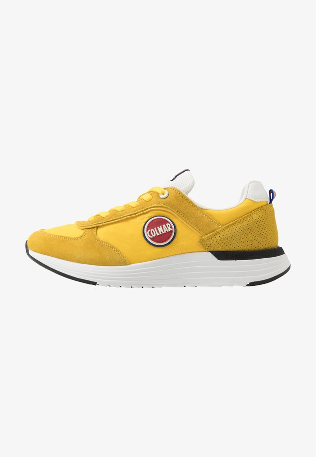 TRAVIS X-1 BOLD - Baskets basses - yellow