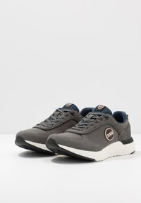 Colmar Originals - TRAVIS X-1 TONES - Tenisky - grey/navy - 2