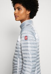 Colmar Originals - LADIES JACKET - Bunda z prachového peří - light steel/white - 6