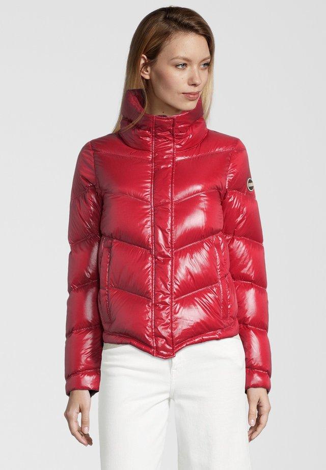 MIT STEHKRAGEN - Down jacket - red