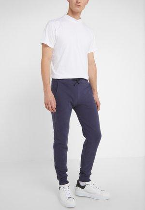 MENS PANTS - Joggebukse - navy blue