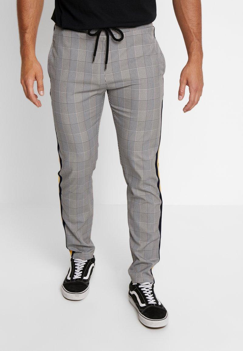 Criminal Damage - FRANCO TROUSER - Trousers - grey/multi