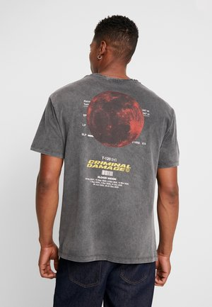 BLOOD MOON TEE - T-shirt con stampa - washed black