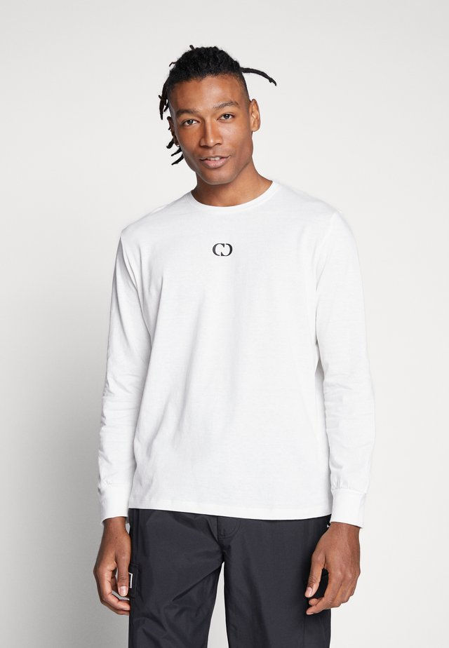ESSENTIALS TEE - Topper langermet - off-white