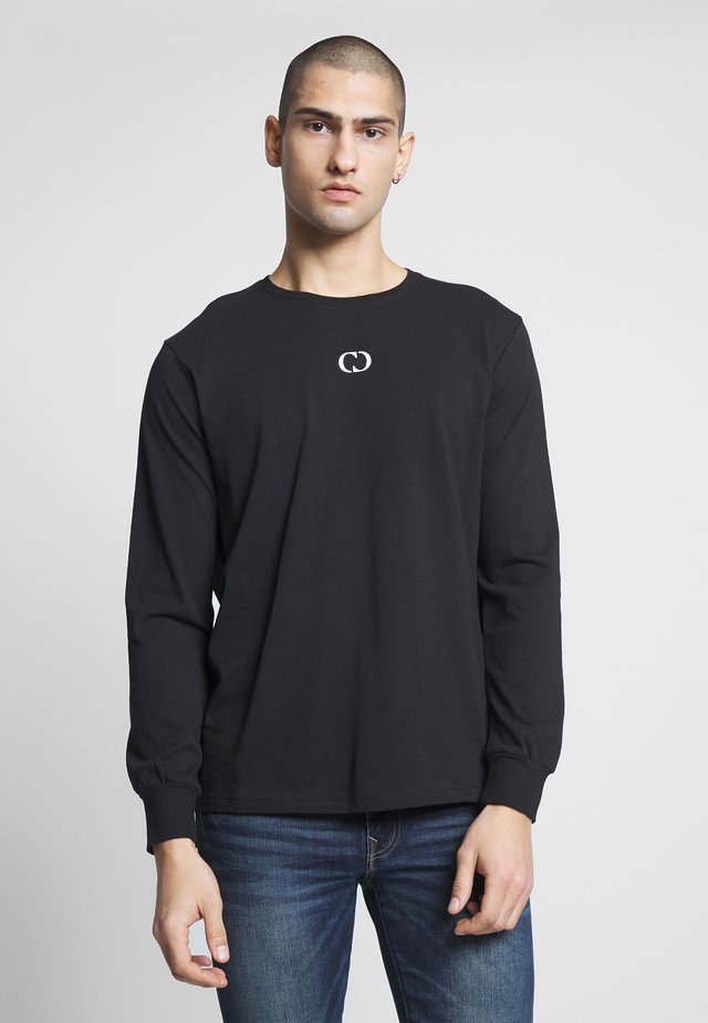 ESSENTIALS TEE - Topper langermet - black