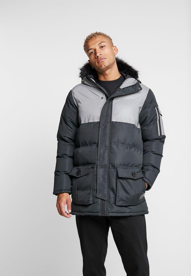 Criminal Damage - ARTIC PARKER JACKET - Zimní kabát - black reflective