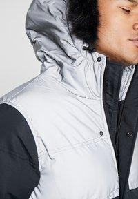 Criminal Damage - ARTIC PARKER JACKET - Zimní kabát - black reflective - 7