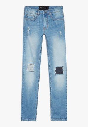 SHELBY SKINNY  - Jeans Skinny Fit - light wash