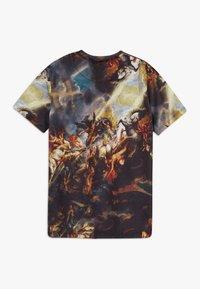 Criminal Damage - RENAISSANCE TEE - T-shirt imprimé - black/multi - 1
