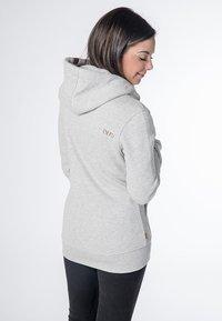 CNSRD - YASMIN  - Zip-up hoodie - cloudy - 2