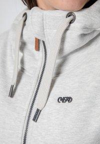 CNSRD - YASMIN  - Zip-up hoodie - cloudy - 4
