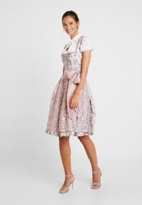 Country Line - Dirndl - taupe rose - 2