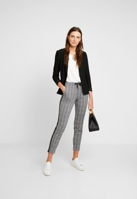 comma - Trousers - dark grey - 2