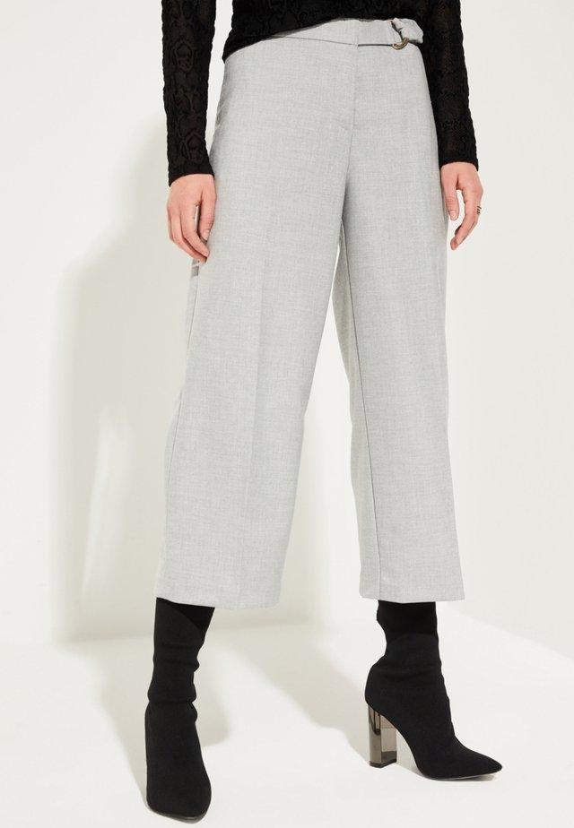 MIT KAROMUSTER - Pantalon classique - grey melange