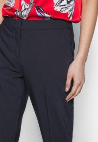 comma - Pantalon classique - ink blue - 4