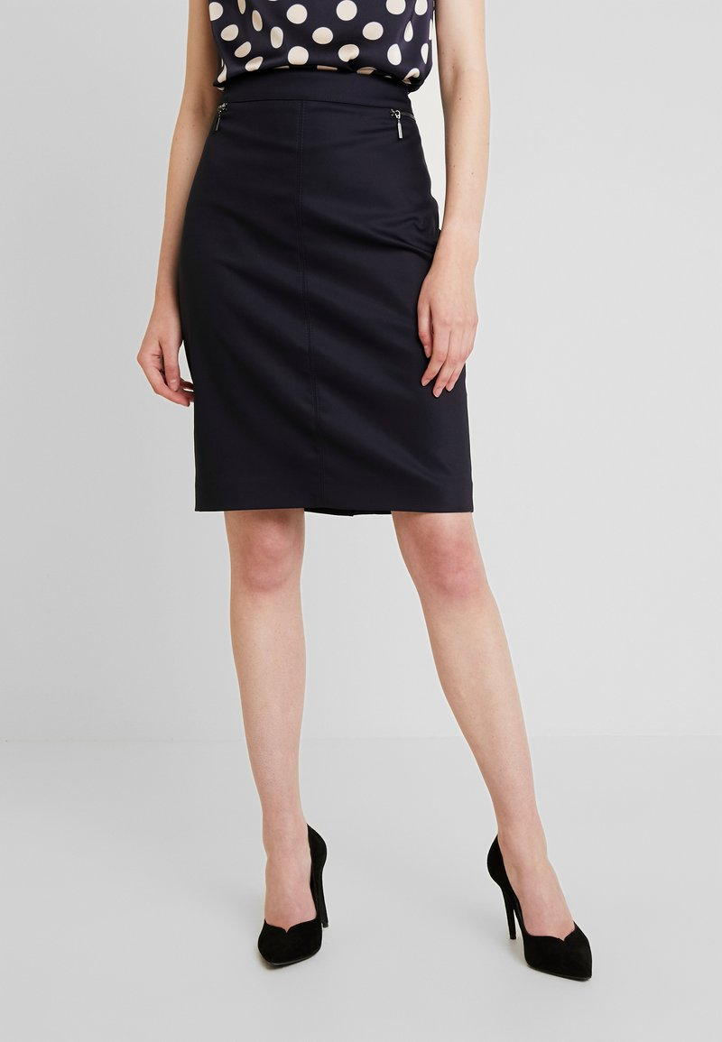 comma - KURZ - Pencil skirt - tinte