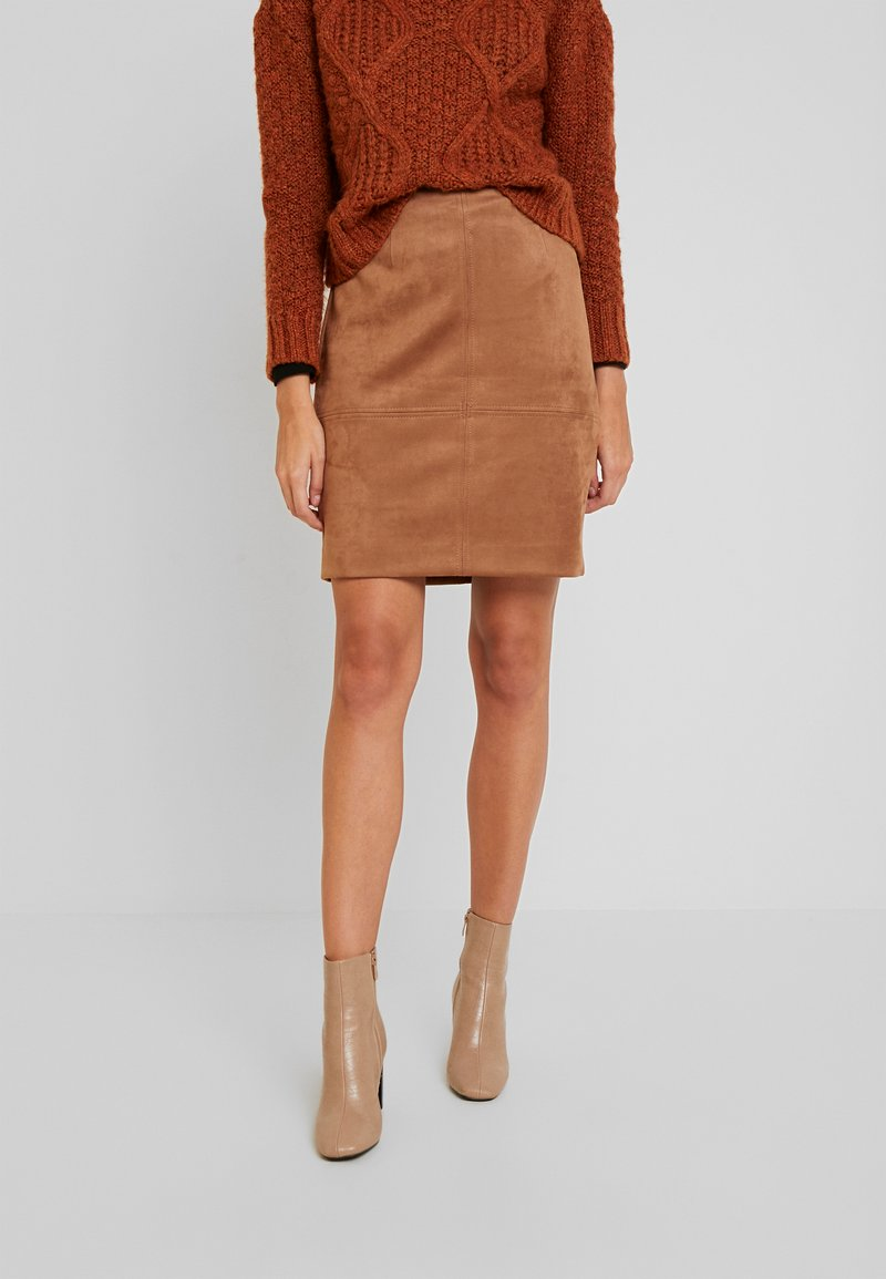 comma - KURZ - Pencil skirt - camel
