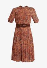 DRESS - Day dress - orange