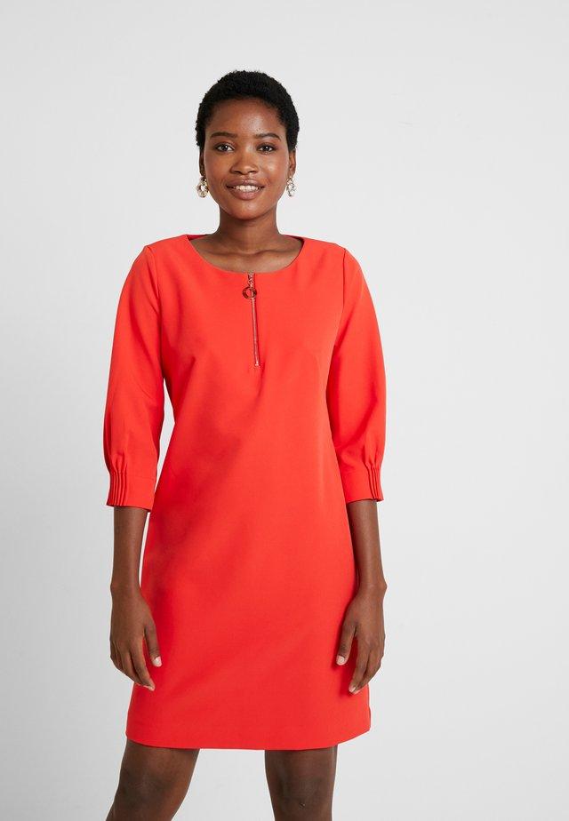 Vardagsklänning - orange