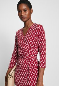 comma - Shift dress - red - 4