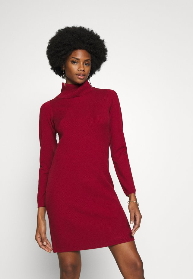 DRESS SHORT - Jumper dress - scarlet red