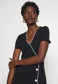 comma - DRESS - Shift dress - black - 3
