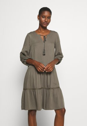 KLEID KURZ - Day dress - khaki