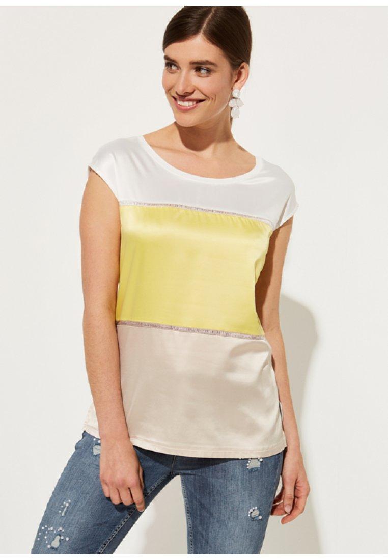 comma - T-Shirt print - white