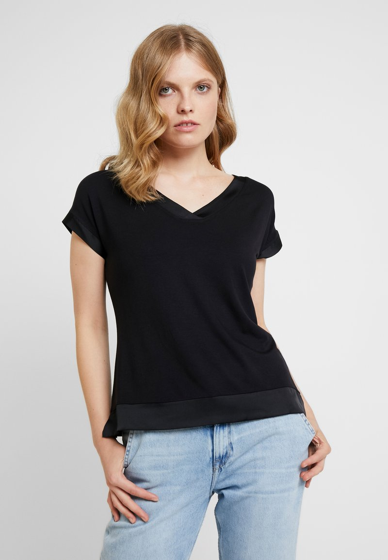 comma - SHORTSLEEVE - T-shirt basic - black