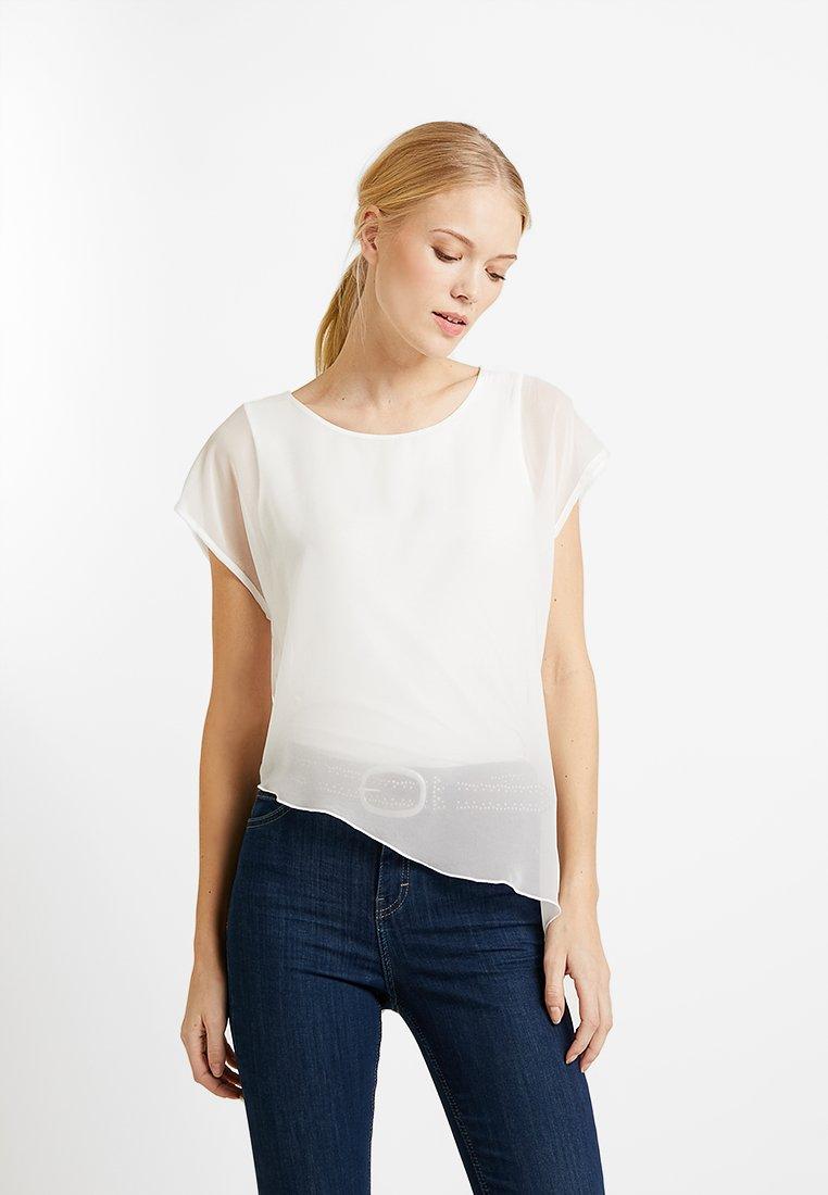 comma - KURZARM - Bluse - white