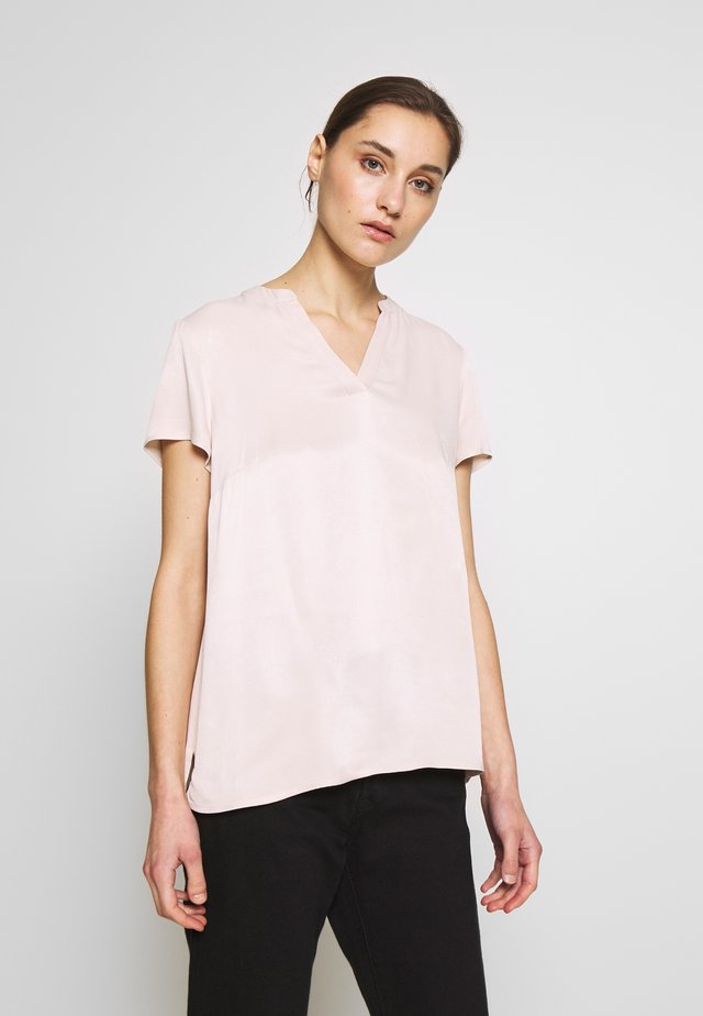 BLOUSE SHORTSLEEVE - Bluzka - powder
