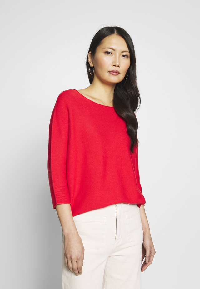 Sweter - milky red
