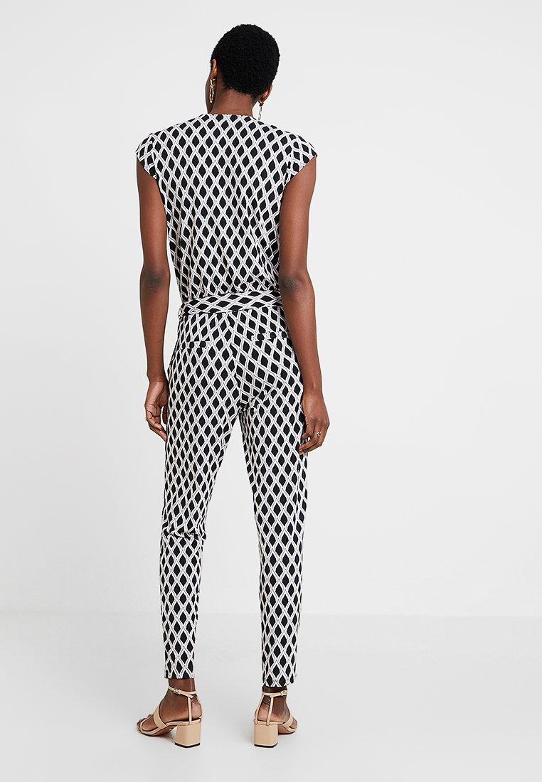 comma OVERALL - Tuta jumpsuit black/white