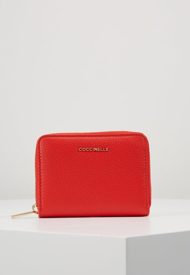 SOFT - Portemonnee - polish red