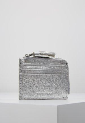 TASSEL CARD HOLDER  - Peněženka - silver