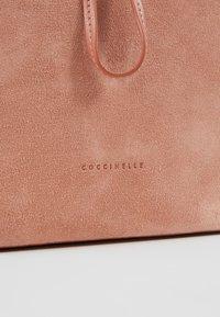 Coccinelle - SANDY - Torebka - new pivoine - 6