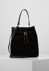 Coccinelle - SANDY - Handbag - noir - 0