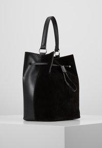 Coccinelle - SANDY - Handbag - noir - 3