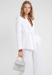 Coccinelle - Handbag - blanche - 1